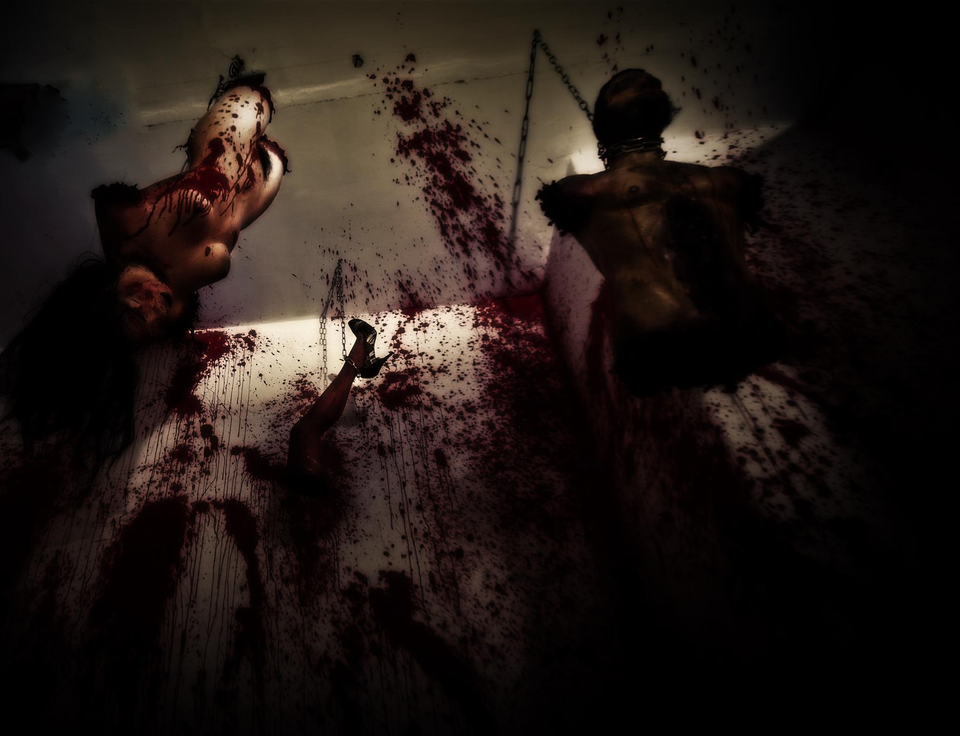 Перфоманс «Хостел»: боль как искусство