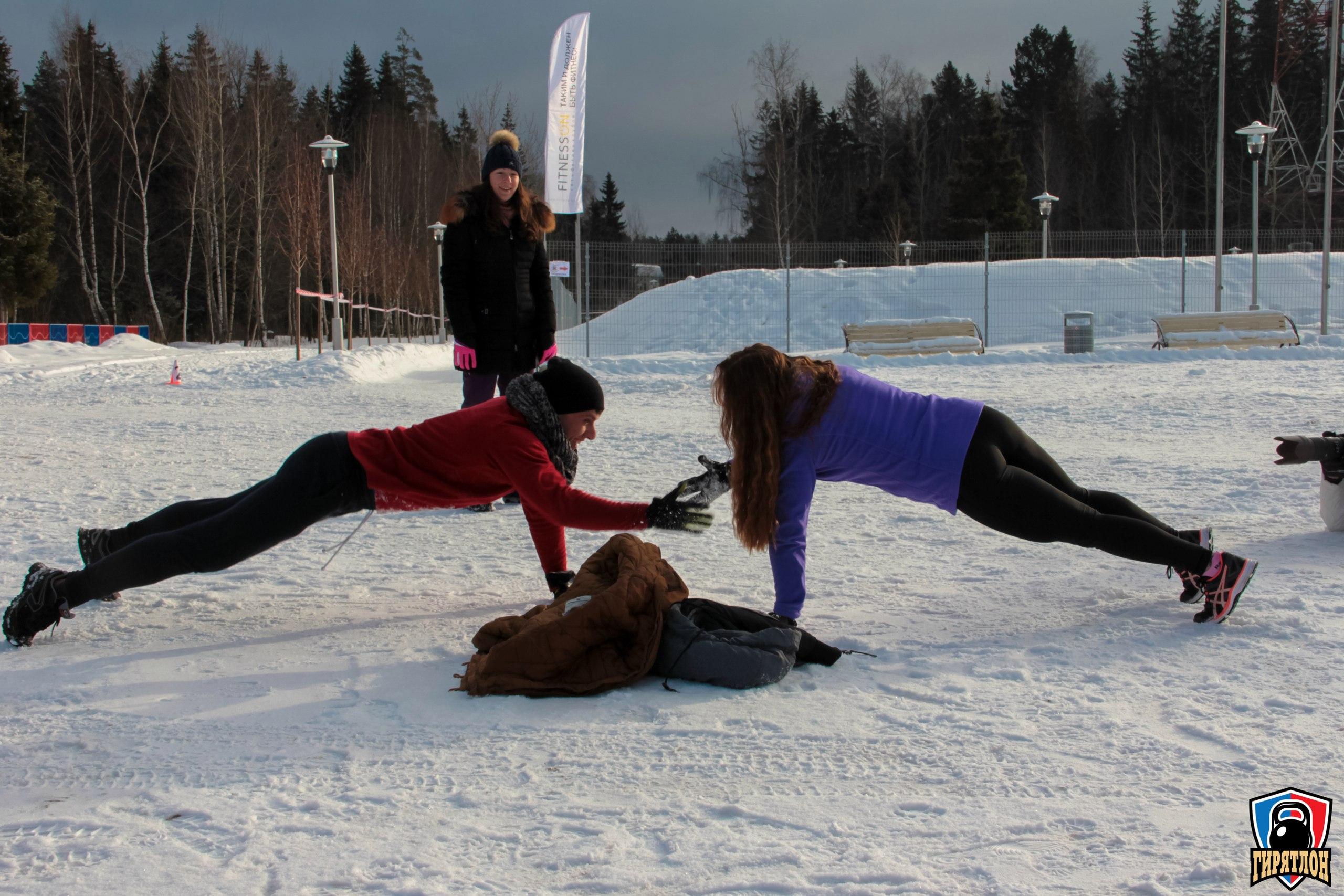 Что общего между рогаткой, гирями и лыжами? Гирятлон. Мультиспортивный забег